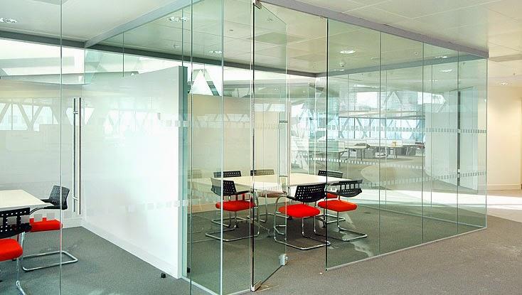 Glass-Partitioning.1 Vách kính cường lực cao cấp giá rẻ bền đẹp