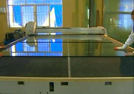 5 bước trong quy trình sản xuất kính cường lực 1