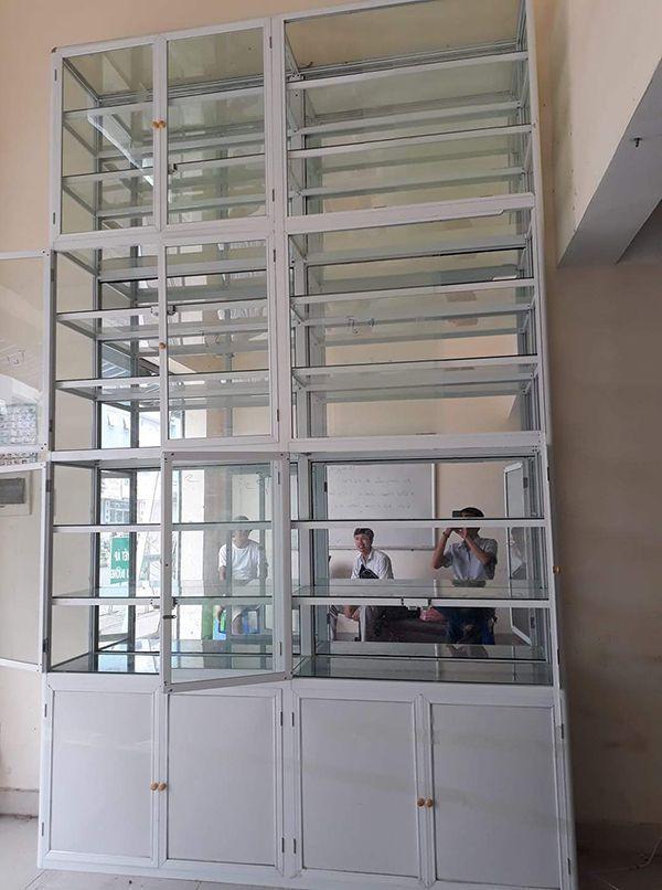 Một số mẫu tủ nhôm kính trưng bày 13