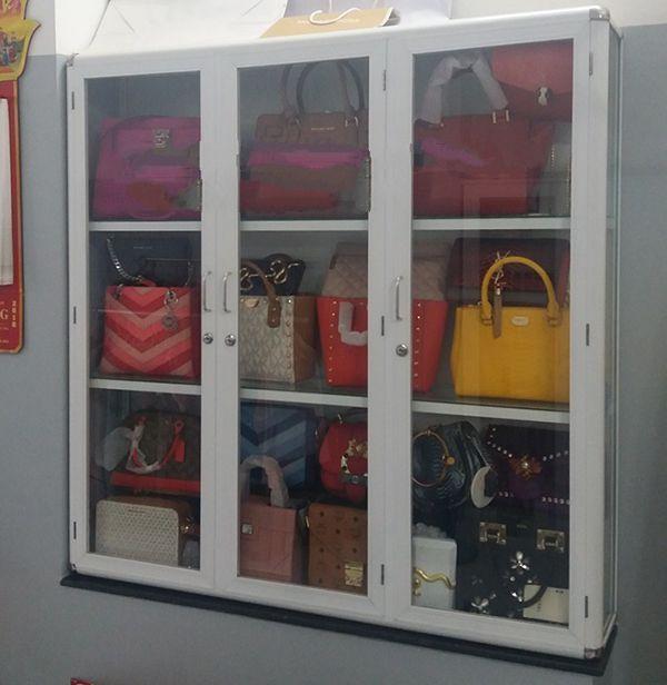 Một số mẫu tủ nhôm kính trưng bày 20