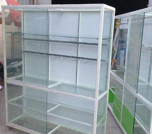 Một số mẫu tủ nhôm kính trưng bày 7