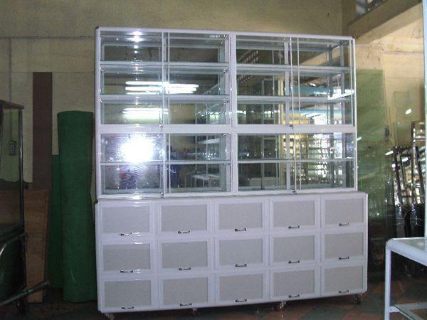 Một số mẫu tủ nhôm kính trưng bày 8