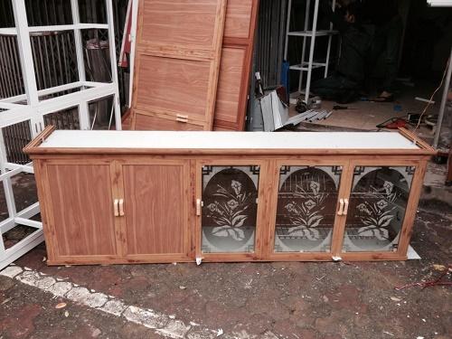 Tại sao nên lựa chọn lắp đặt tủ bếp nhôm kính ở Phú Quý? 1