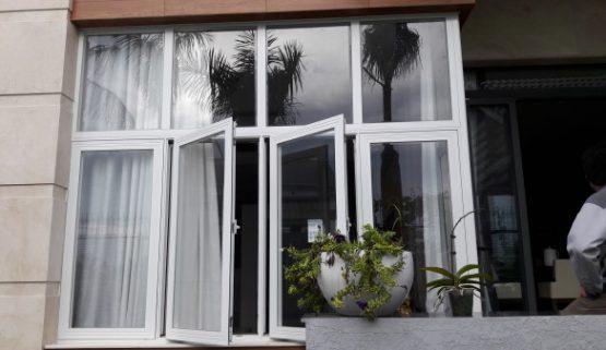 Lắp đặt cửa nhôm kính Xingfa giá rẻ tại Hà Nội