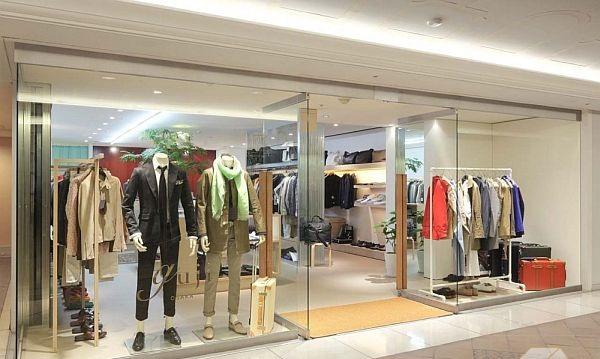 4. Mẫu cửa kính cường lực cho cửa hàng – trung tâm thương mại 3