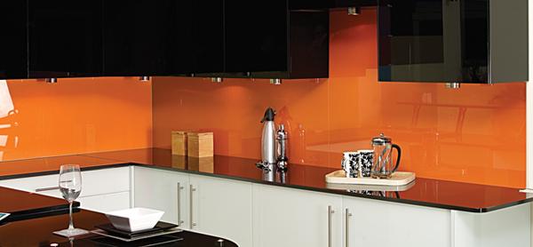 Mẫu kính ốp bếp màu 2