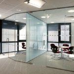 7 Ưu điểm nổi bật của cửa kính thủy lực