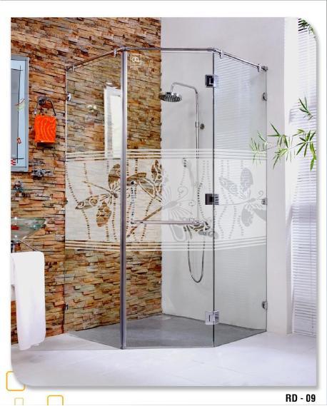 Vách kính phòng tắm 135 độ 1