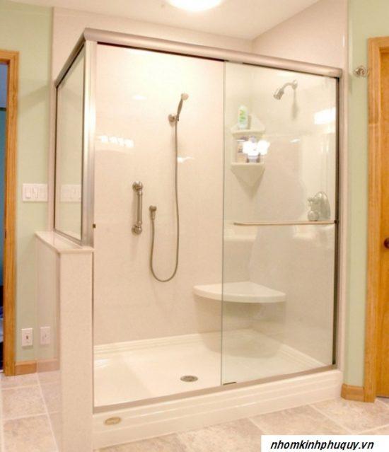Vách kính nhà tắm là gì? 1