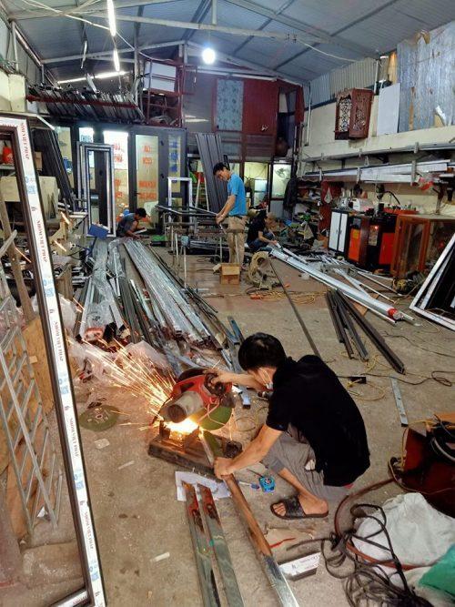 Tuyển thợ nhôm kính chính phụ lương cao tại Hà Nội 1