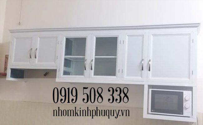 Tủ bếp nhôm kính sơn tĩnh điện chữ I 1