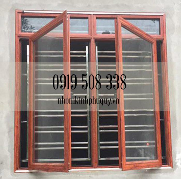 Mẫu cửa nhôm Việt Pháp màu vân gỗ 3