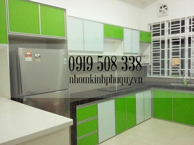 5. Báo giá tủ bếp nhôm kính màu hiện đại 1