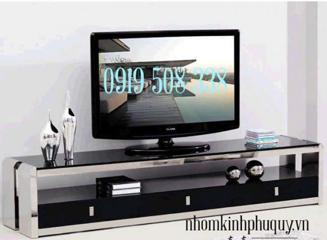 Tủ kệ tivi nhôm kính 2