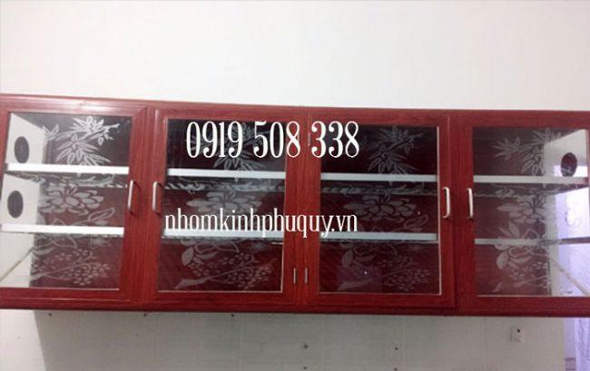 Chạn bát nhôm kính treo tường màu vân gỗ 1