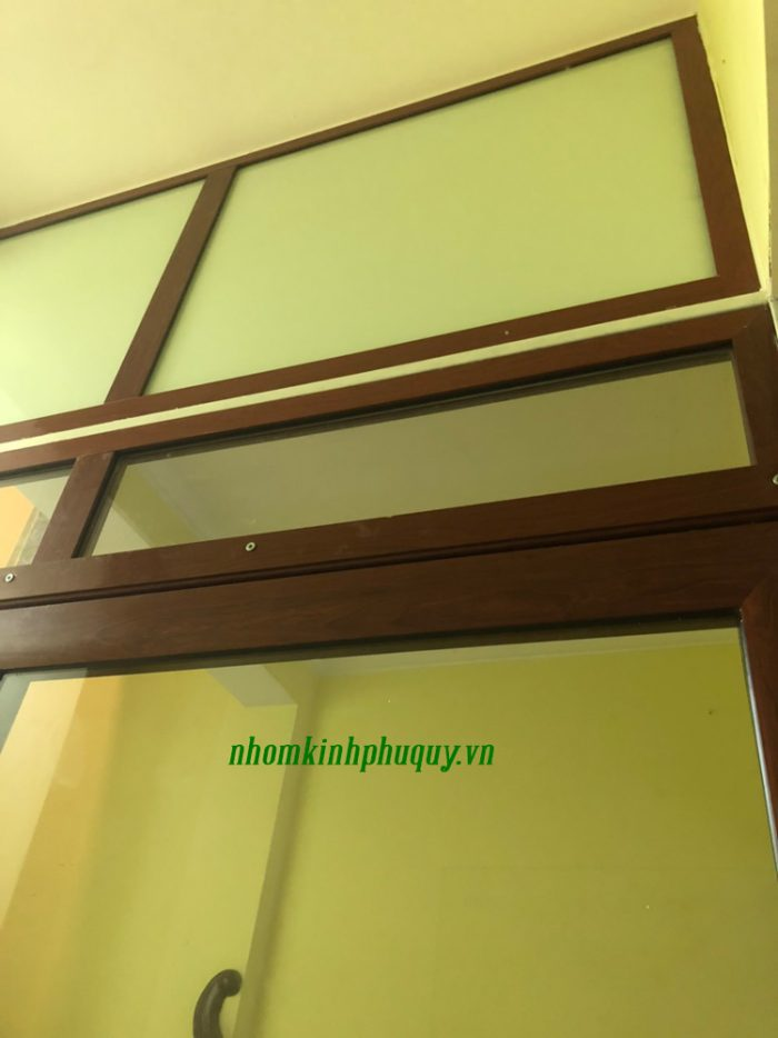 Vách kính cửa kính tại Hai Bà Trưng - Hà Nội 5