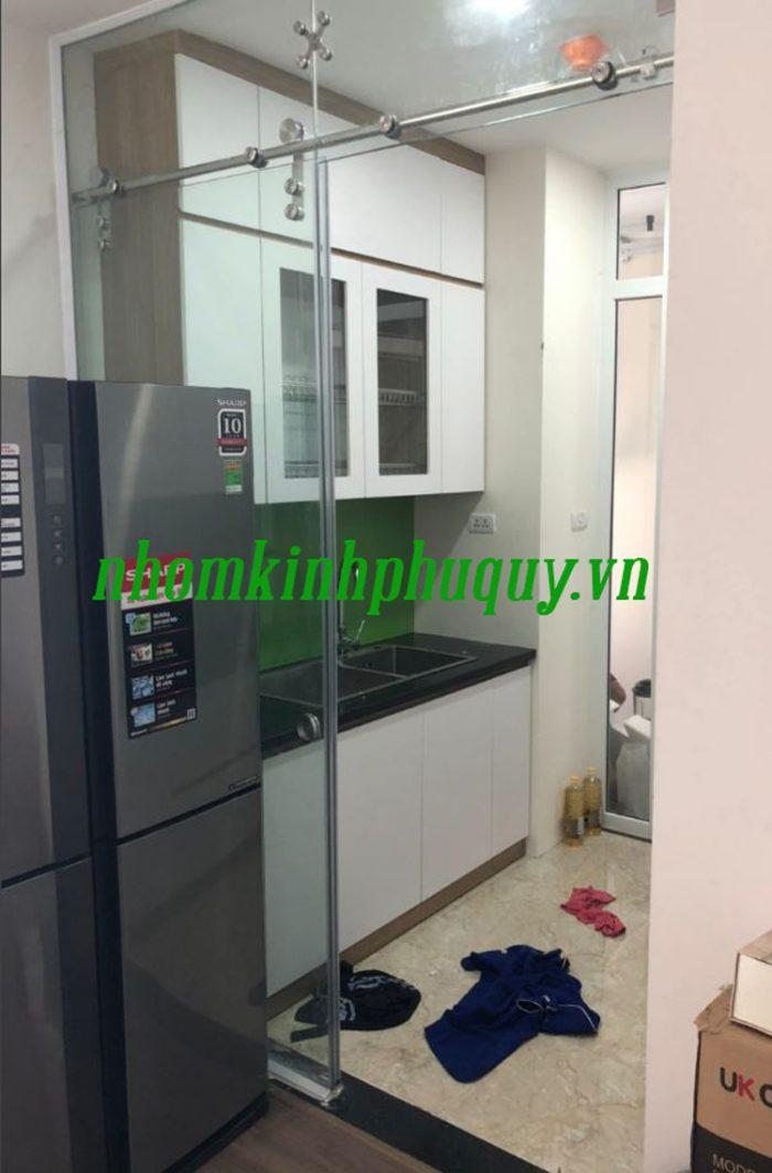 Tủ bếp ốp kính màu, cửa vách ngăn kính tại Hà Đông 5