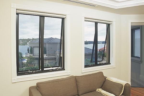 Cửa khung nhôm kính cao cấp Việt Pháp - Cửa sổ mở hắt mầu ghi