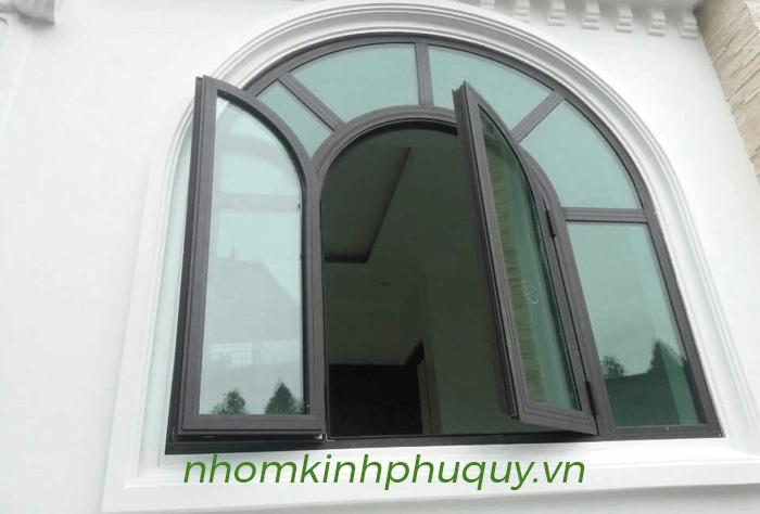 Mẫu cửa nhôm Xingfa uốn vòm đẹp 4