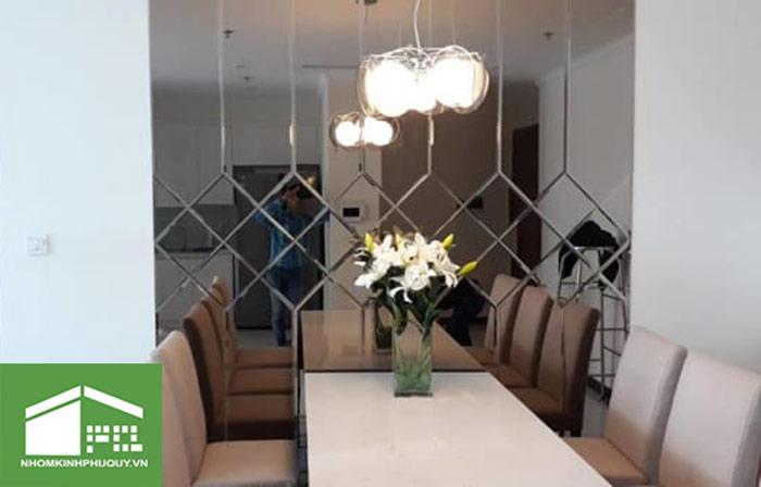 Giới thiệu mẫu gương trang trí phòng ăn được ưa chuộng 7