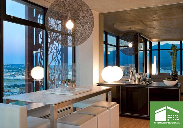 Giới thiệu mẫu gương trang trí phòng ăn được ưa chuộng 3