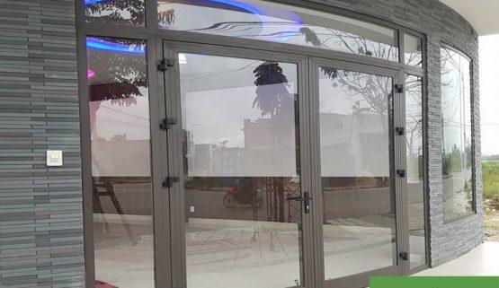 Cửa kính vòm cong nhôm Xingfa – khẳng định đẳng cấp!